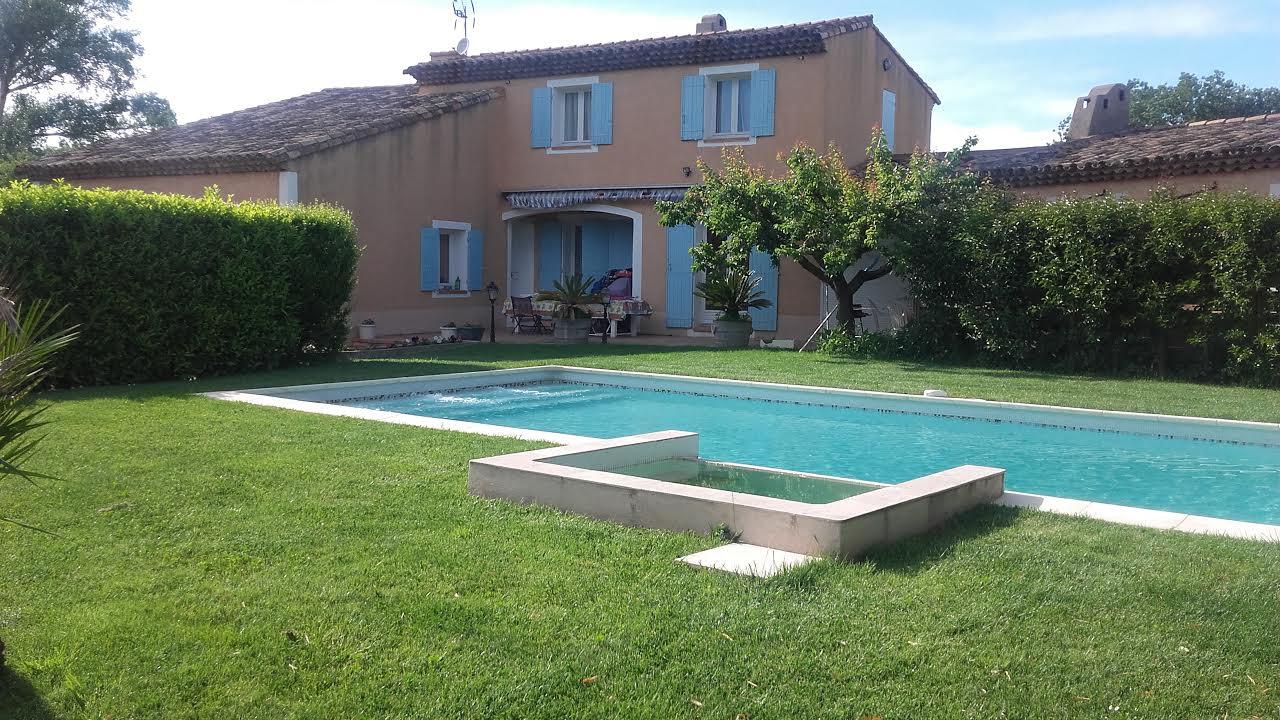 Vente marignane secteur recherch villa de 266m sur 3800m for Recherche villa avec piscine
