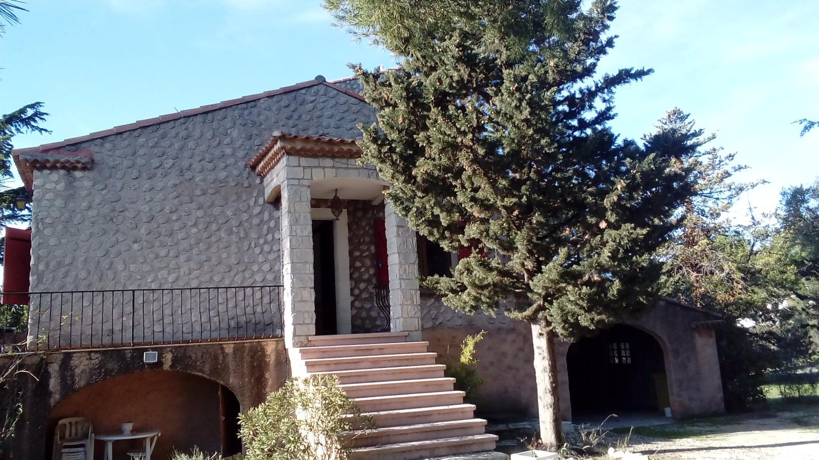 Offres de location Maison / Villa Gignac-la-Nerthe 13180